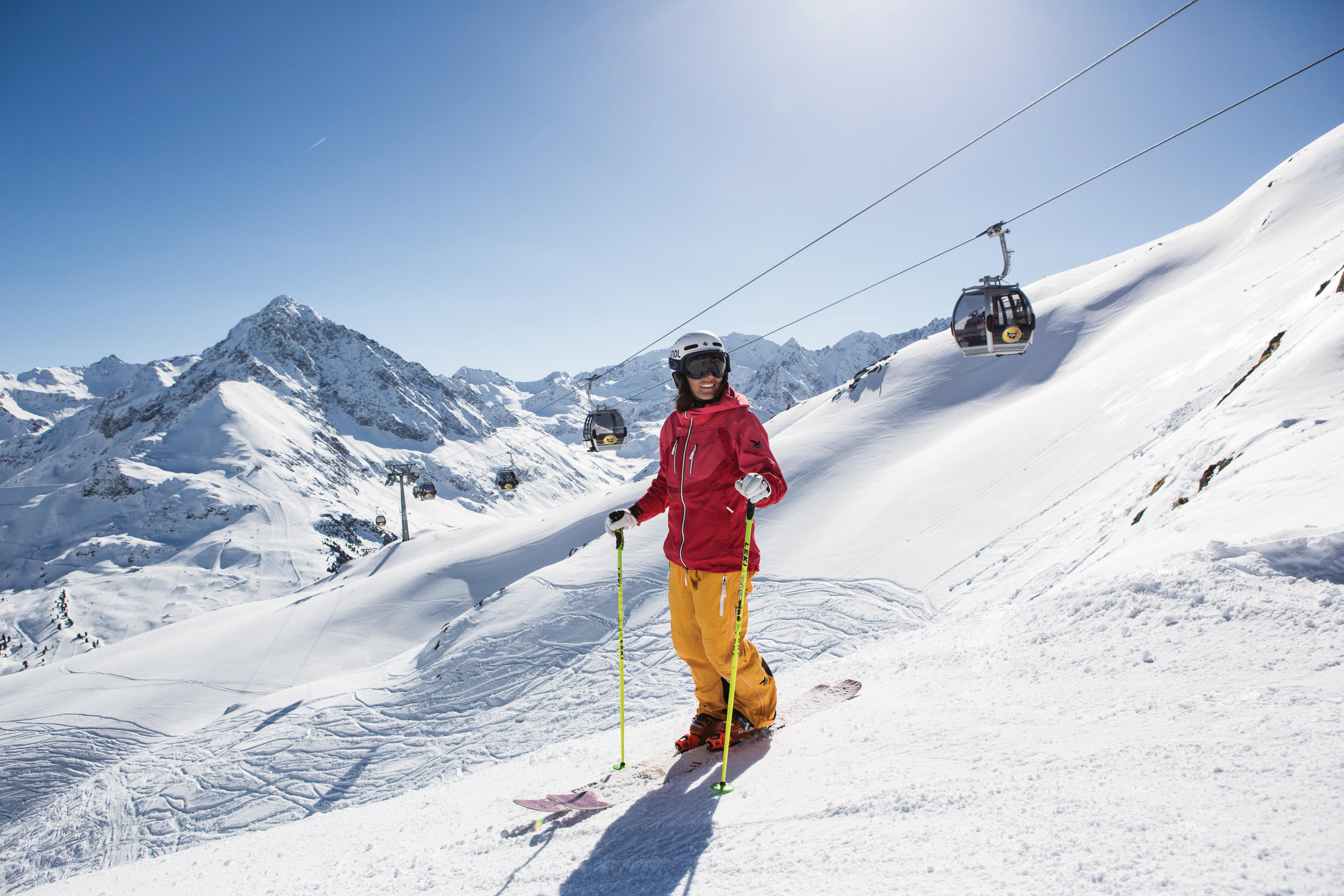 Sonnenskilauf und urbanes Flair mit dem Ski plus City Pass Stubai Innsbruck